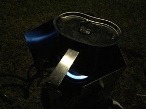 キャンティーンカップで湯を沸かす