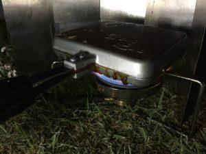 バウルーシングルでキャンプ料理 (16)