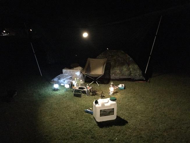 真夜中のソロキャンプ