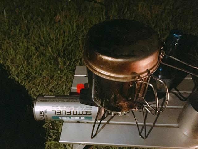 キャンプで次郎系ラーメン (30)