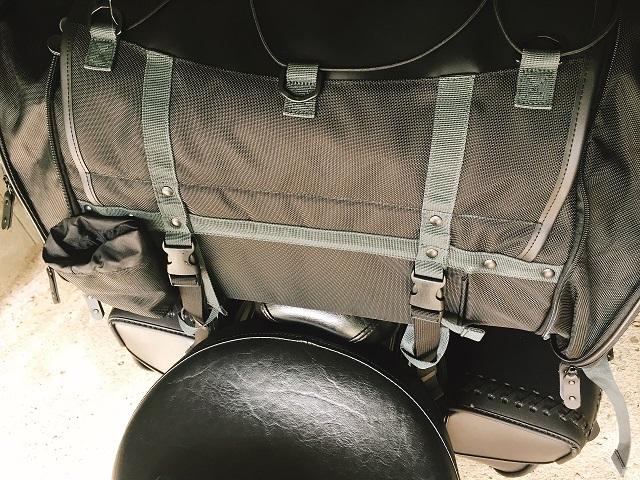 キャンピングシートバッグ2取り付け (7)