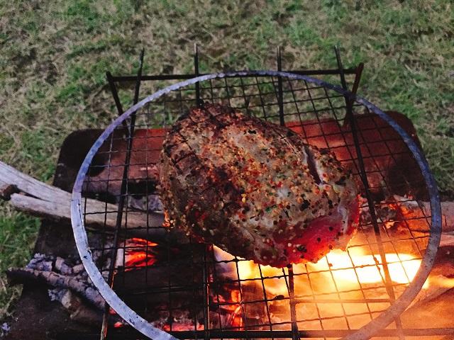 秋キャンプで肉を食いまくる (12)