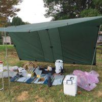 キャンプでお座敷スタイルを快適にするシートやテーブルのおすすめ!
