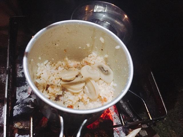 洋風炊き込みご飯リベンジ (12)