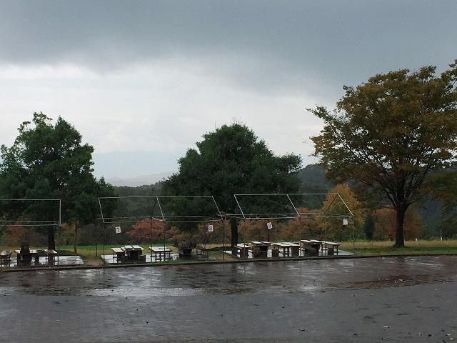 雨の五位キャンプ場1