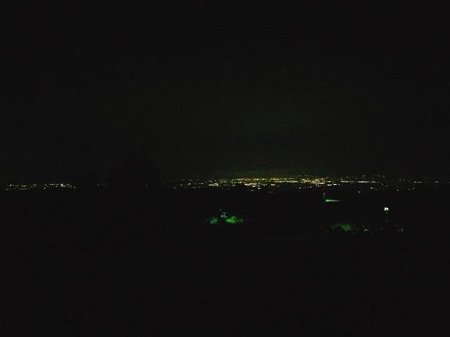完ソロの夜景