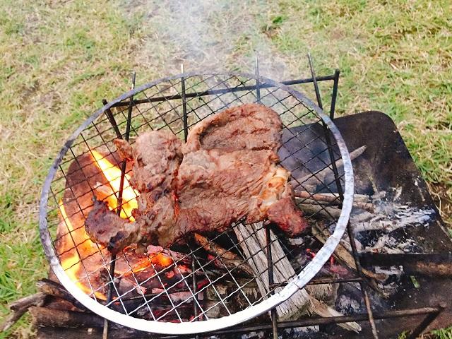 秋キャンプで肉を食いまくる (7)