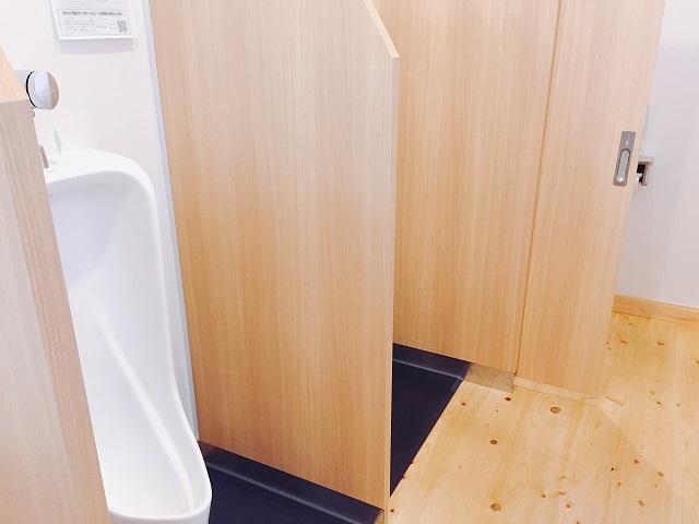 閑乗寺キャンプ場のトイレ