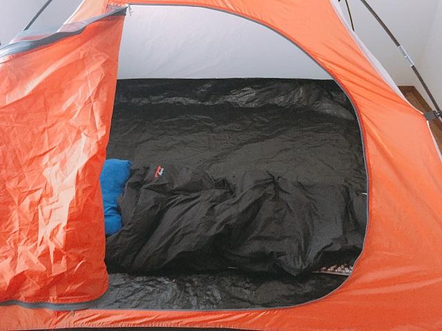 部屋キャンプ
