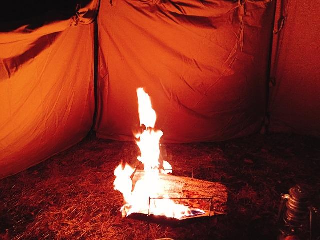 冬の焚き火1