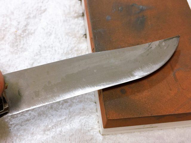 ナイフを研ぐ (21)