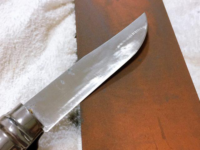 ナイフを研ぐ (23)