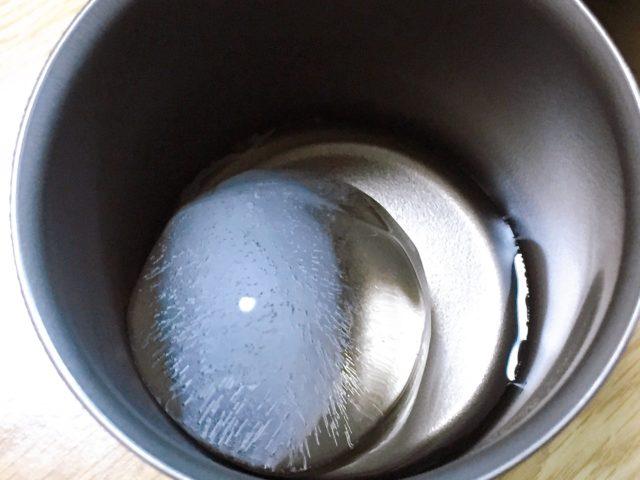 チタンマグの保冷性 (25)