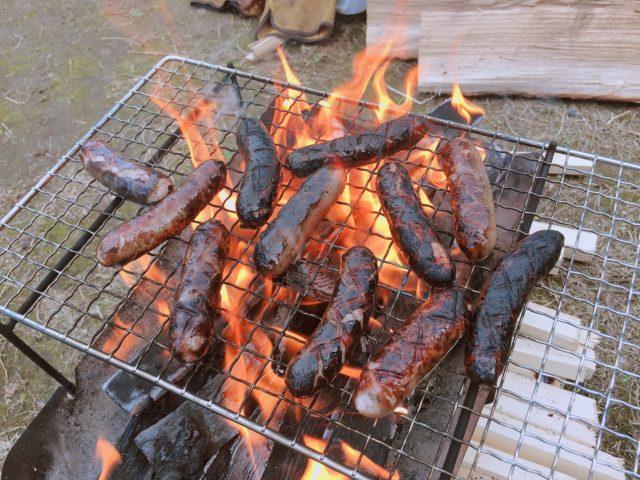 焚き火で調理 (3)