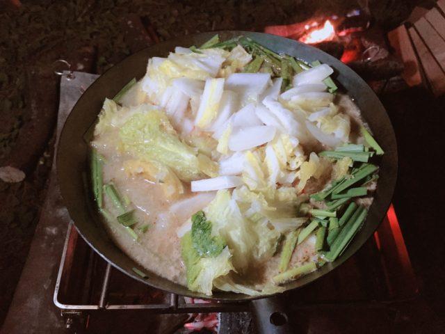 坦々餃子鍋 (1)