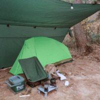 雨の日の冬ソロキャンプをDDタープで快適に!タープ内にテントもインストール!
