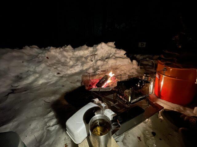 冬のシュラフ内の寒さ対策