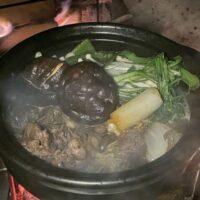 冬ソロキャンプで土鍋!使う前の手入れと直火をする時の注意点は?