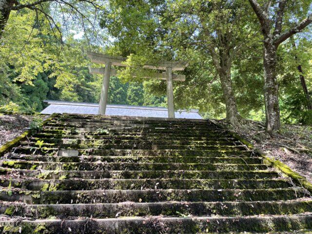 穴馬神社 (12)