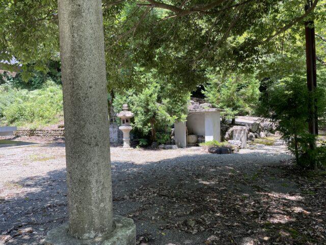穴馬神社 (14)